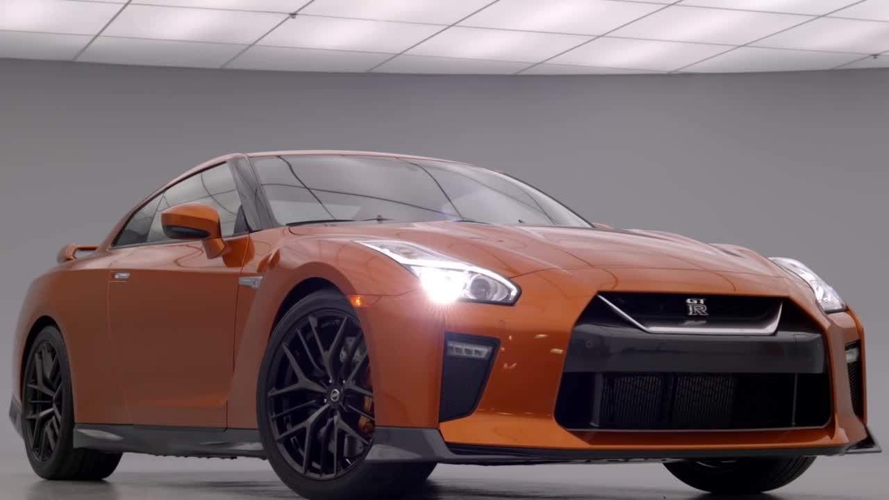 日产总工程师带你看2017款GT-R
