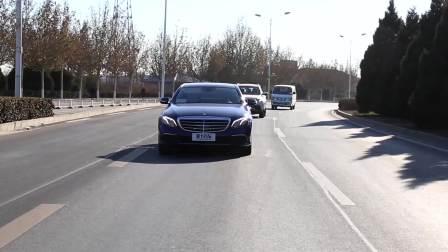 奔驰E级 车道保持系统演示