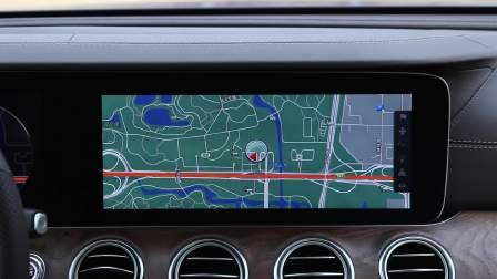 奔驰E级 导航系统展示
