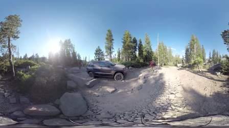 Jeep大切诺基全方位越野能力展示