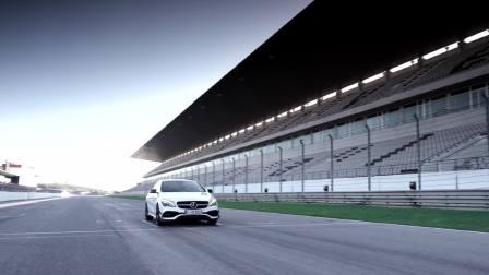 梅赛德斯奔驰CLA系列的激情与速度