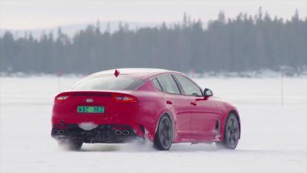 在北极圈附近进行冬季测试的2018款起亚Stinger