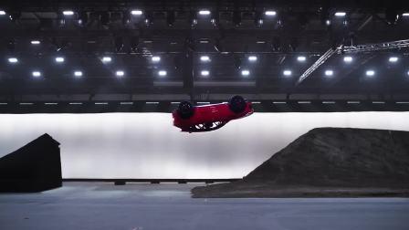2018款捷豹E PACE  挑战世界极限翻转