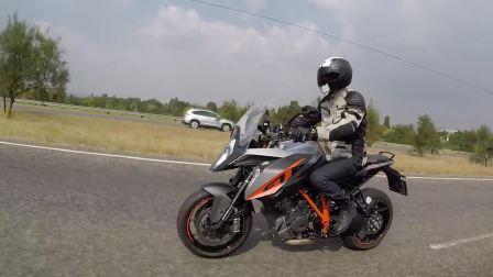 KTM 印第安 宝马摩托长期测试
