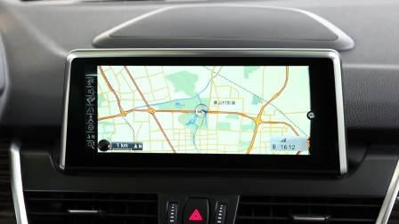 宝马2系旅行车 导航系统展示