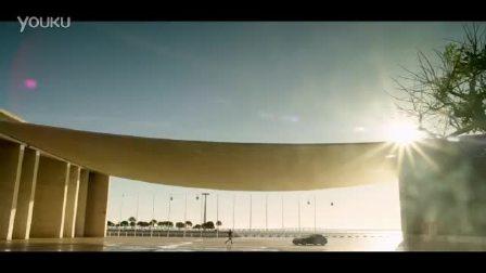 法拉利GTC4 Lusso至美官方宣传片