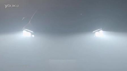 奔驰大灯展示不一样的光芒