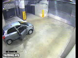 聪明反被聪明误的汽车出库