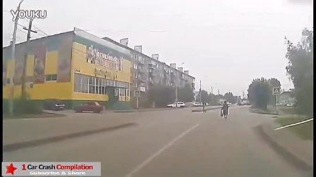 奇葩路人过马路集锦