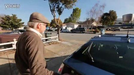 意义非凡 盲人试驾谷歌无人驾驶汽车