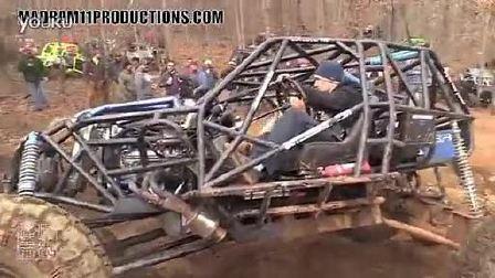 疯狂越野:钢管越野车 烧胎爬岩石