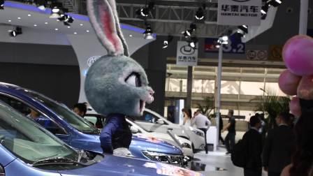 2017广州车展 东风风行模特