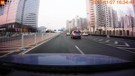 70迈智能行车记录仪 白天拍摄情况