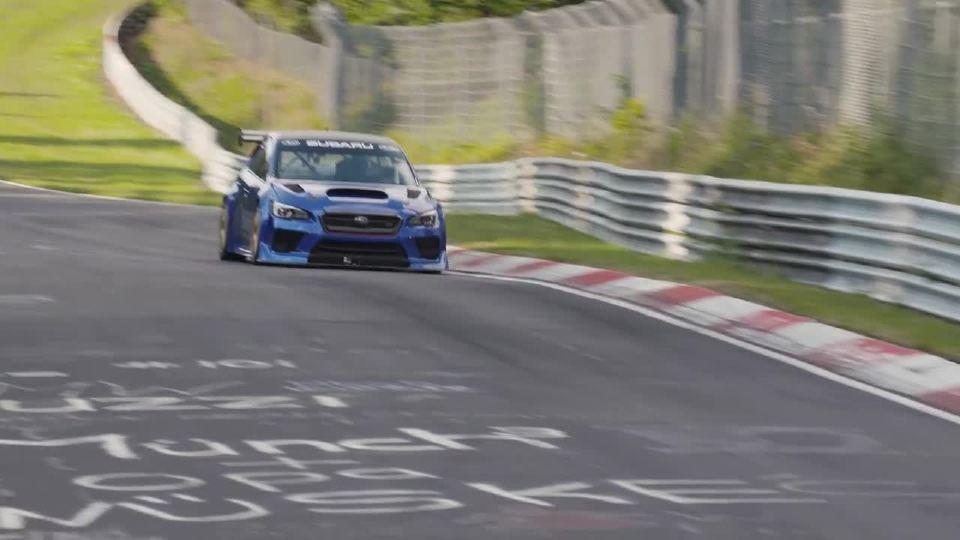 斯巴鲁WRX STI 刺激的赛道测试