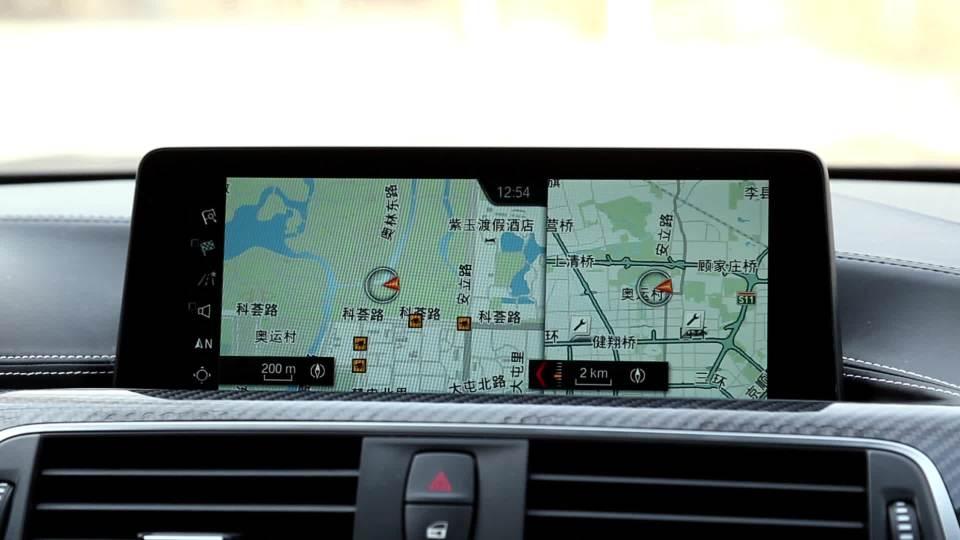 宝马M4敞篷 导航系统展示
