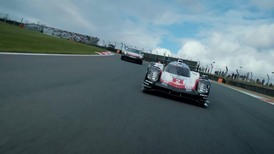 保时捷919混合动力与911GT3 首次投入赛场