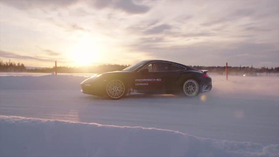 保时捷911冰雪体验 全时四驱魅力无限