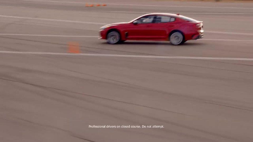 起亚Stinger GT与保时捷Panamera和宝马640i大比拼