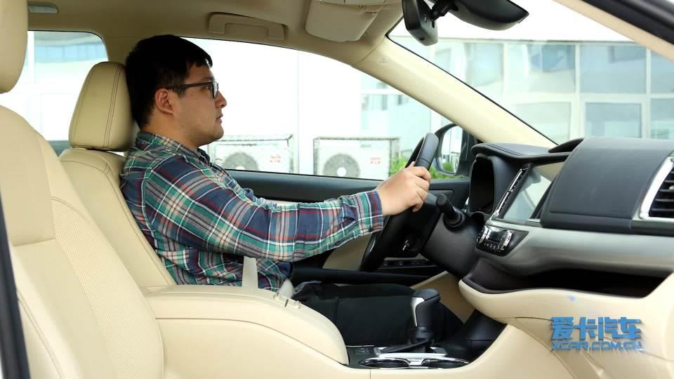 2018款广汽丰田汉兰达 乘坐体验展示