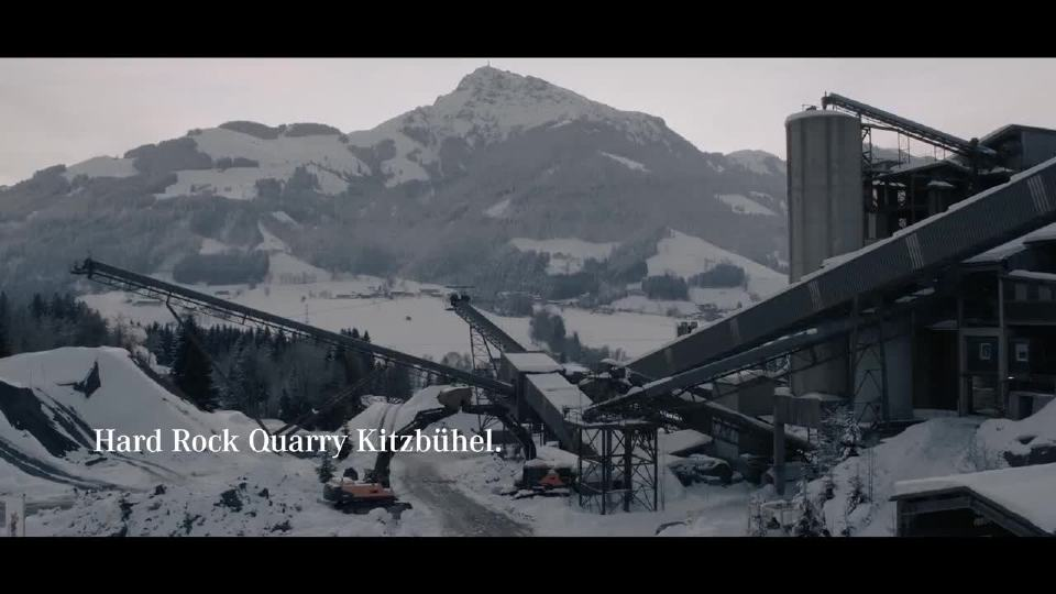 奔驰G级 X级开启越野新模式 登顶阿尔卑斯山脉