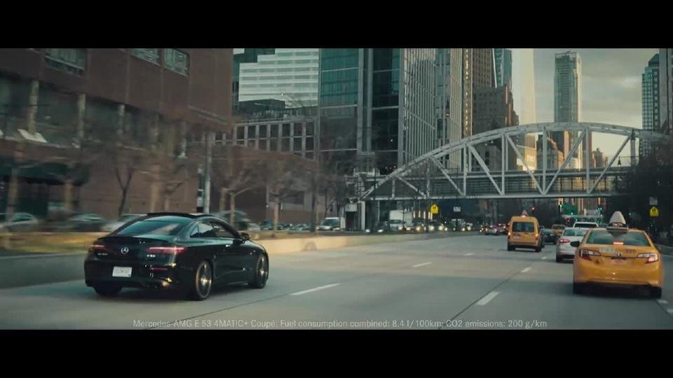 梅赛德斯奔驰AMG E 53 速度在上演