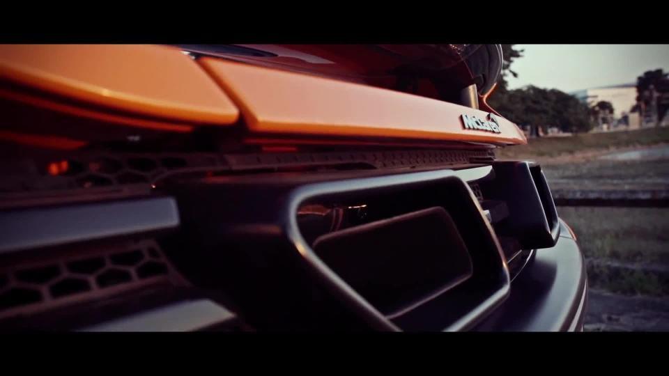 迈凯伦650S路跑动力展示