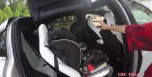 特斯拉Model X第三排通道和汽车座椅