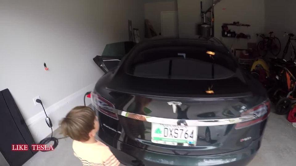 特斯拉Model S有趣的座位